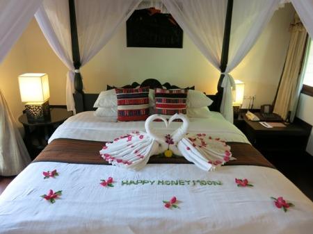 Panivman Honeymoon Decoration