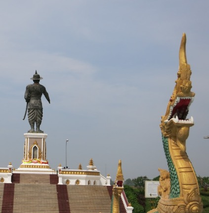 Vientiane - statue facing the Mekong River and Thailand