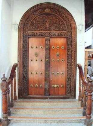 1000+ yr old door in Stone Town, Zanzibar