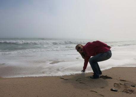 Danielle touching the Atlantic Ocean - Swakopmund