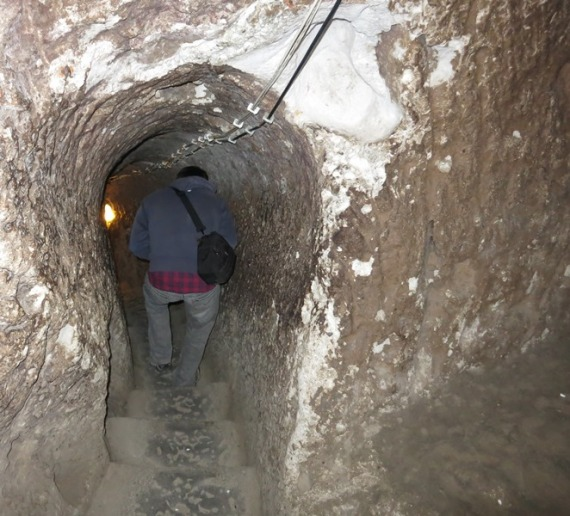 Exploring the underground city at Derinkuyu