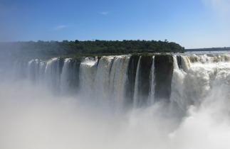 Devil's Throat - Iguazu Falls